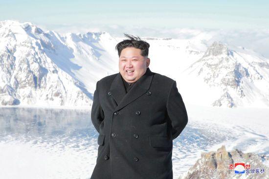 """Денуклеаризація Корейського півострова: у КНДР запевняють, що Кім Чен Ин """"дав слово"""""""