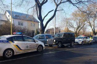 В Ужгороді патрульний поліцейський допоміг запобігти викраденню людини