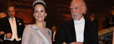 В роскошном платье и свадебной тиаре: светский выход принцессы Софии