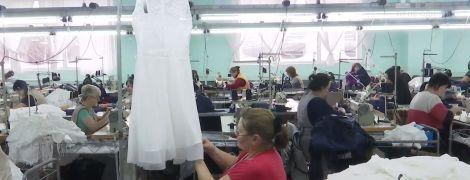 Dolce&Gabbana та Moschino шиють одяг в Україні без етикеток Made in Ukraine