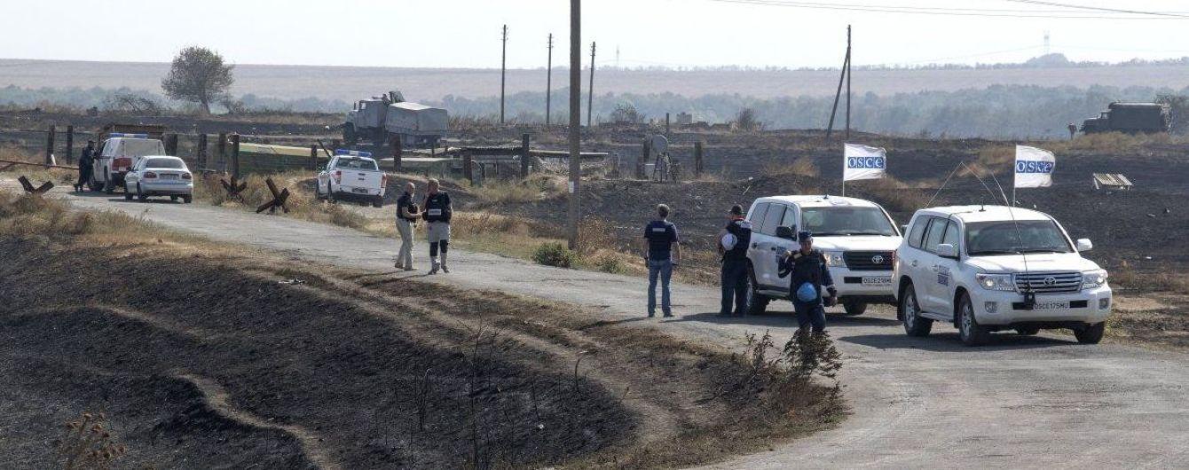 Пьяный боевик кинул молоток в наблюдателей ОБСЕ
