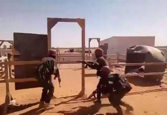 У Мережі з'явилося відео, на якому російські найманці тренують бойовиків у Судані