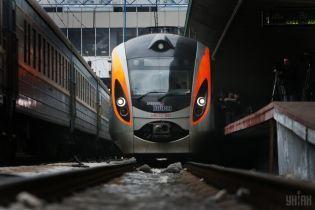 Молдова запускает модернизированный поезд в Одессу