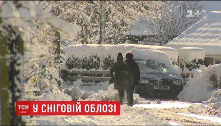Метели по всей Европе вызвали хаос на дорогах и в аэропортах