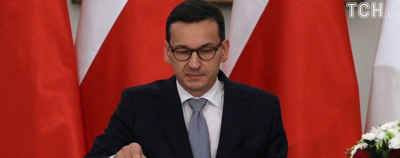 Польський прем'єр прирівняв гетьмана Хмельницького до Гітлера