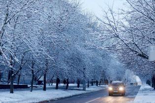 Синоптики обіцяють сніг, дощ, туман, мороз і 13 градусів тепла. Прогноз на 14-18 грудня