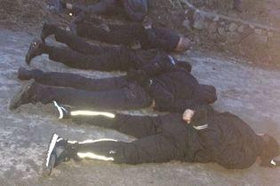 """Затримані псевдополіцейські з """"ДНР"""" виявилися грабіжниками 30 кілограмів золота біля Бердичева"""