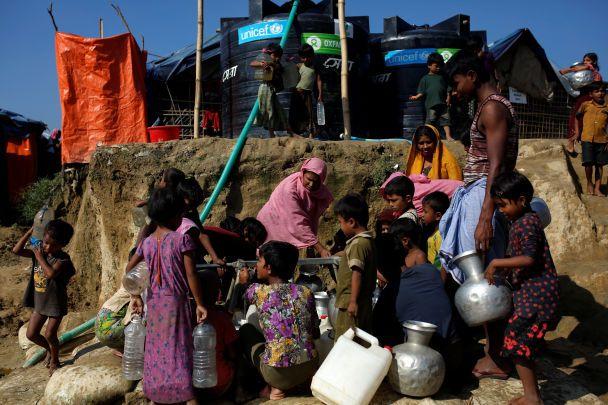 Щонайменш 6700 мусульман-рохінджа були вбиті за місяць у М'янмі