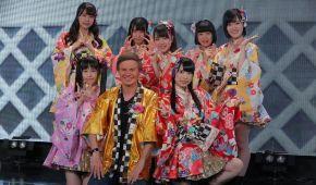 Дмитро Комаров знявся в кліпі популярного японського гурту