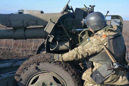 Четвер був з обстрілами бойовиків, але без втрат серед українських бійців. Хроніка АТО