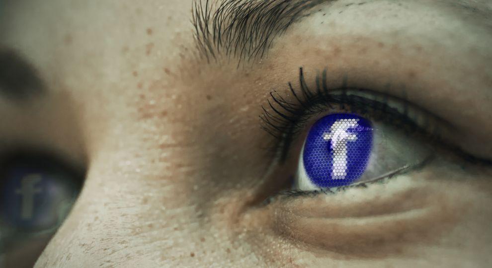 У Facebook пояснили, як користуватися соцмережею, щоб уникнути депресії