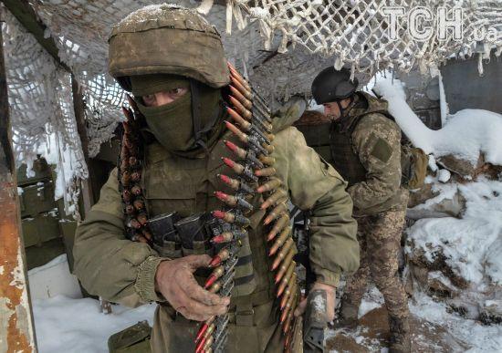 Ситуація у зоні АТО ускладнилася: четверо українських військових зазнали поранень