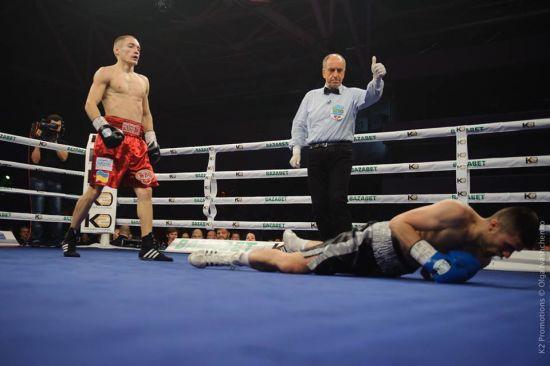 Український боксер Малиновський захистив титул феєричним нокаутом у першому раунді