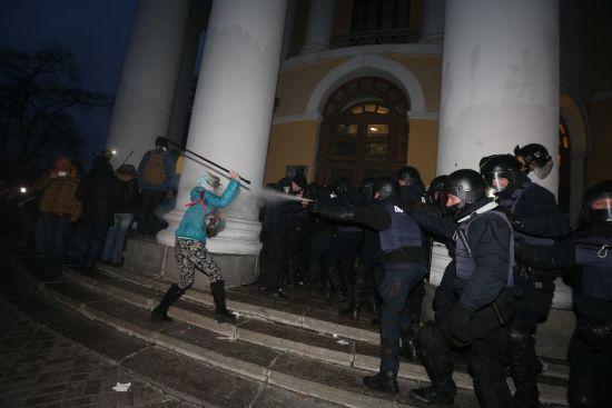 Український телеканал заявив про загрозу силового захоплення