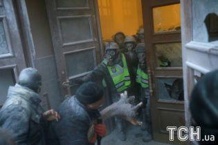 Штурм Жовтневого палацу: у лікарнях досі перебувають 11 бійців