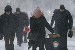 Понад 300 населених пунктів все ще залишаються без електрики