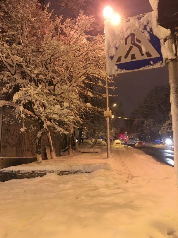 Київ прокинувся у сніговому полоні