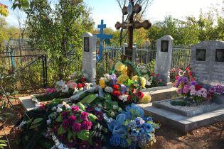 Поминальний тиждень: охоронці цвинтарів радіють, що українці почали рідше пиячити на могилах