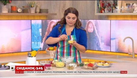Картофельные тарталетки с сельдью, сыром и огурцом - рецепт Нели Шовкопляс