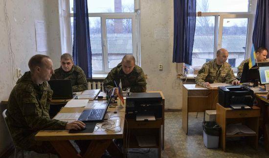 Німеччина переконуватиме РФ повернути відкликаних офіцерів до СЦКК
