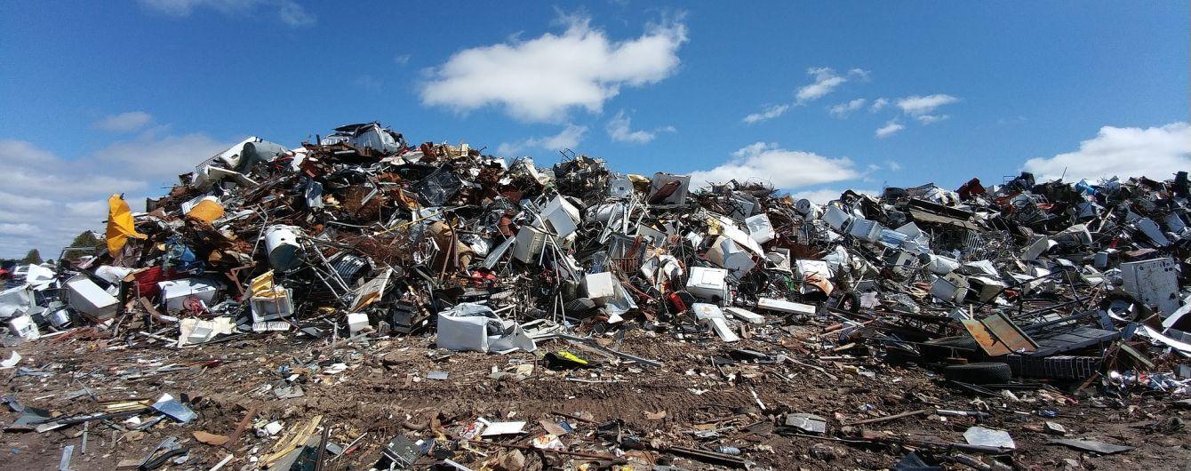 Украинцы проигнорировали закон о сортировке мусора