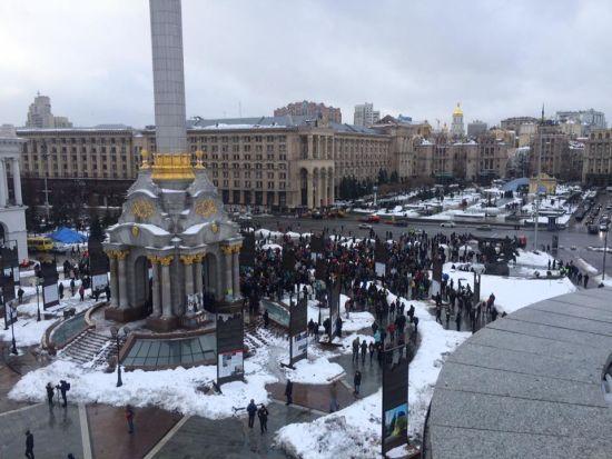У Києві між учасниками акції на Майдані Незалежності сталася сутичка