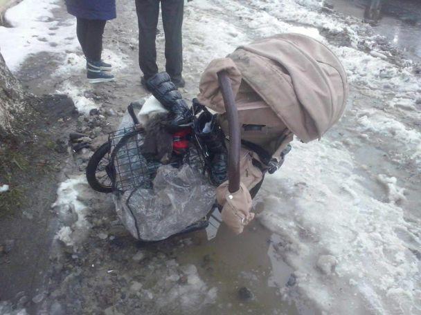 ВКиеве иностранцы под наркотиками сбили женщину с малышом