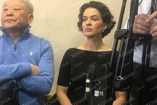 Заплакану Астаф'єву вигнали з зали суду, де судять її нареченого