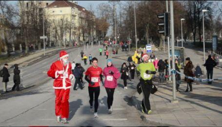 В Берлине провели послерождественский марафон