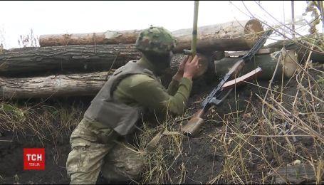Фронтовые сводки: один украинский военный получил ранения на Востоке