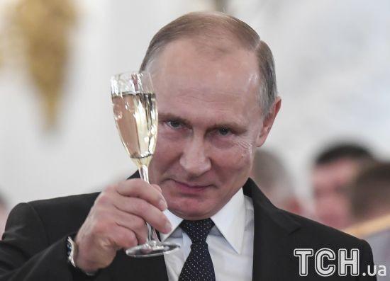 Медведчук та інші друзі Путіна. Російські ЗМІ дізналися, хто може потрапити до санкційного списку США