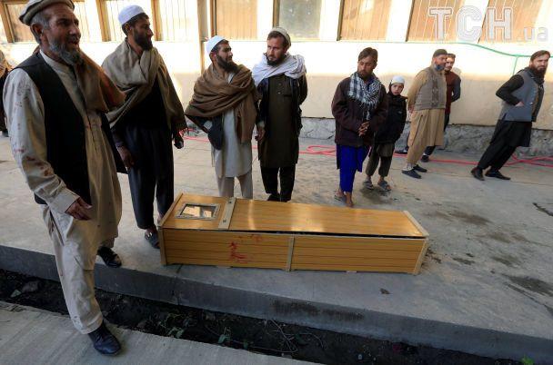 Во время похорон в Афганистане прогремел смертельный взрыв