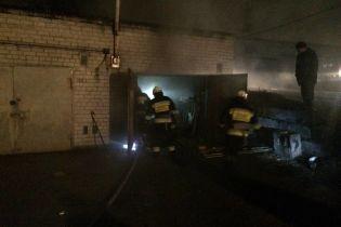 В Днепре за несколько минут до Нового года в пожаре погиб человек