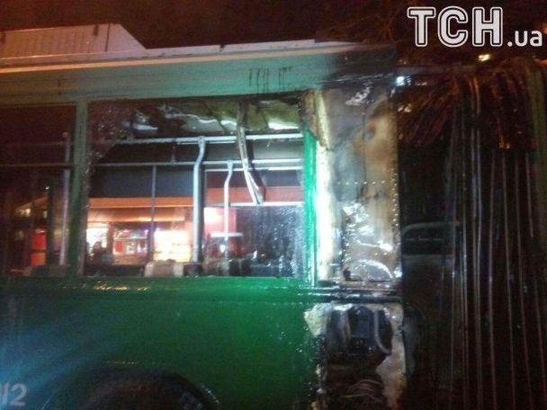 У Києві загорівся тролейбус з пасажирами