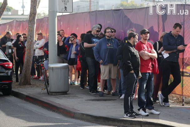 У Каліфорнії вишиковуються черги до крамниць із дозволеною марихуаною