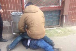 На Харьковщине на взятке в 250 тысяч гривен погорел главный ревизор-фискал