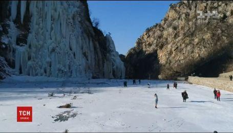 Китай страдает от мощных снегопадов, есть погибшие