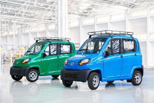 До України прибула перша партія найдешевшого у світі автомобілю