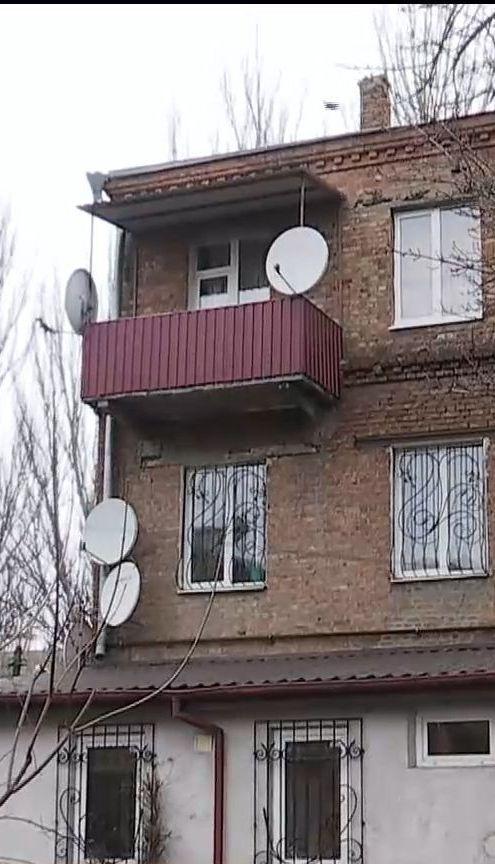 У Дніпрі житловий будинок опинився без опалення через прибудовану перукарню