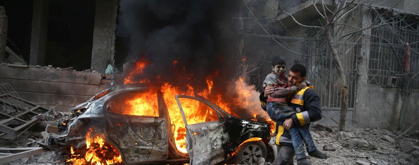 Внаслідок російських та урядових авіаударів у Сирії загинули 17 цивільних