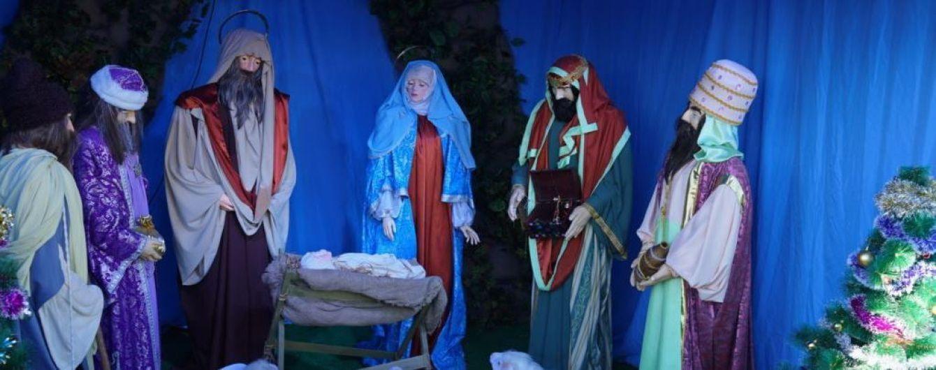 На Рождественском вертепе в оккупированном Крыму спели украинские колядки