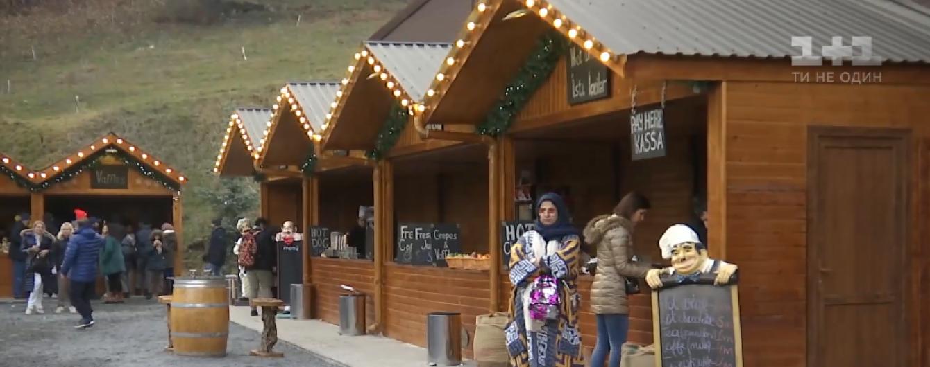 У мусульманському Азербайджані влаштували Різдво для українців з кутею, салом та горілкою