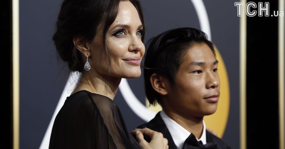 Анджелина Джоли с сыном Паксом @ Reuters