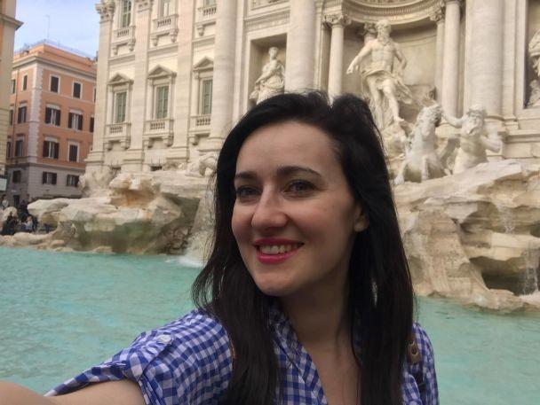 Римські канікули: Соломія Вітвіцька показала, як відпочиває з чоловіком в Італії