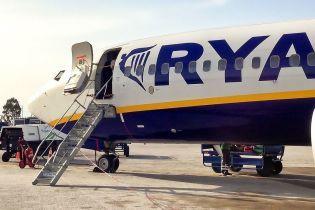 Омелян назвав терміни початку польоту ірландського лоукостера Ryanair до України