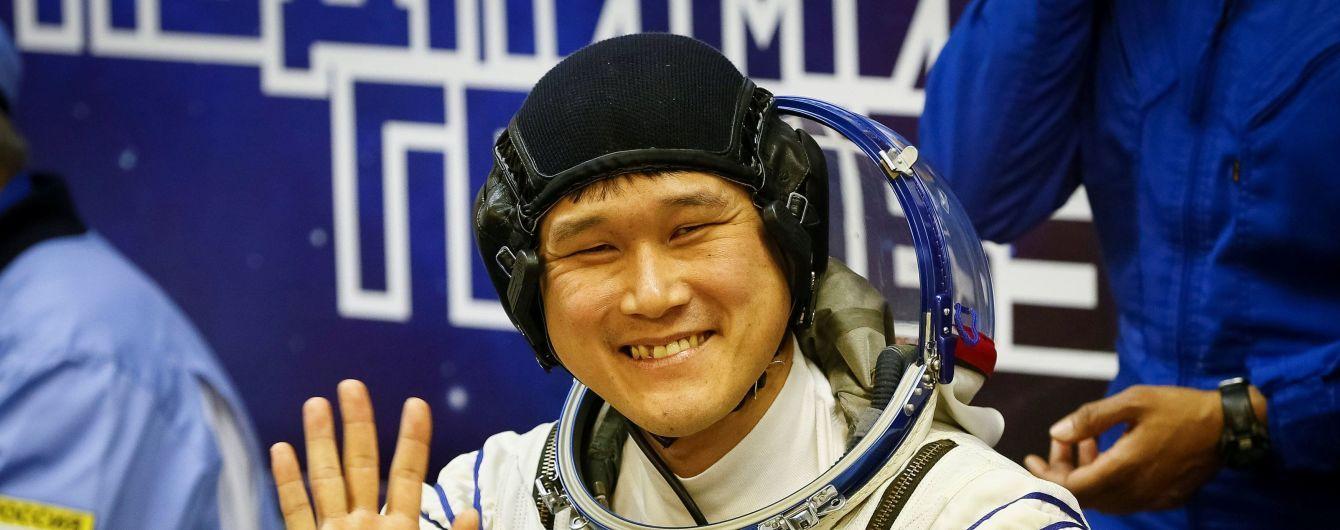 Японський астронавт вибачився за фейкову інформацію про ріст у космосі