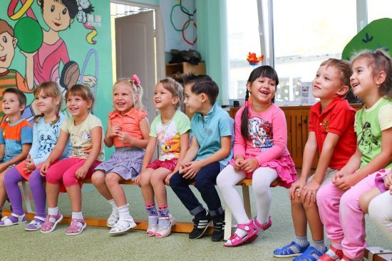 У Києві заборонять дітям без щеплень ходити до садочків та шкіл через спалах кору
