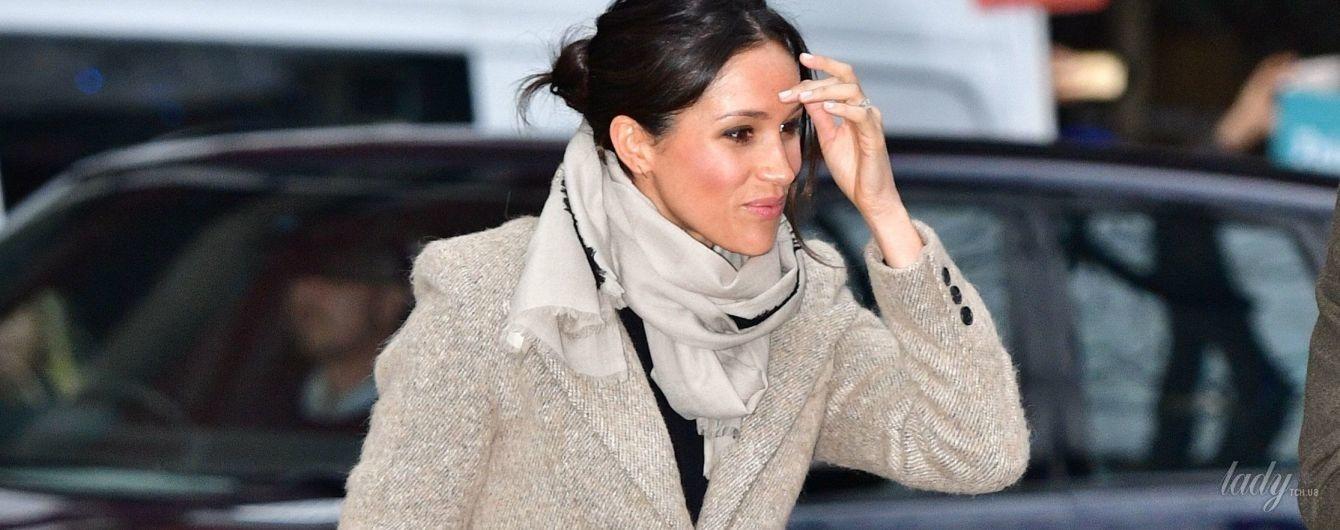 Меган Маркл задает тренды: новый образ невесты принца Гарри бьет все рекорды по продажам