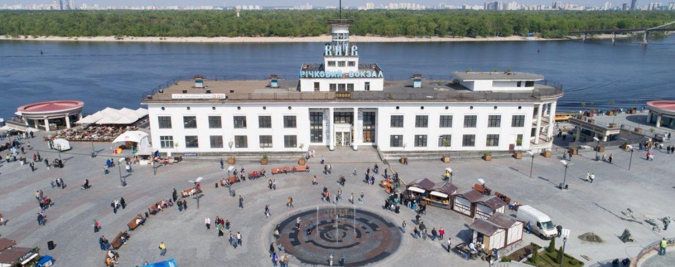 Не возле памятника Владимиру: украинские ученые призвали Порошенко перенести празднование Крещения Руси