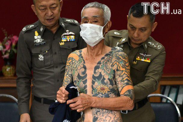 """У Таїланді схопили 74-річного члена якудзи: його """"видали"""" фотографії з яскравим татуюванням в соцмережі"""